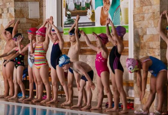 Ultimul antrenament de inot al anului 2015
